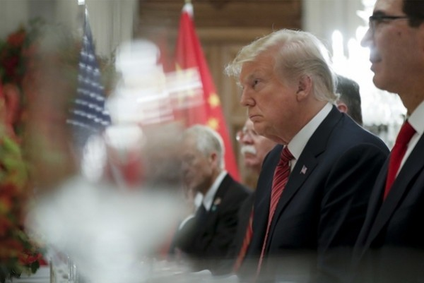 Trump agrees to freeze higher tariffs on Chinese goods
