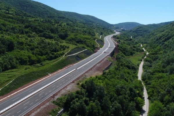 Serbia, China to sign Corridor X deals during 16+1 summit in July