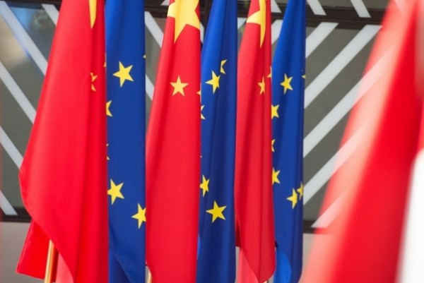European Commission reviews relations with China, proposes 10 actions