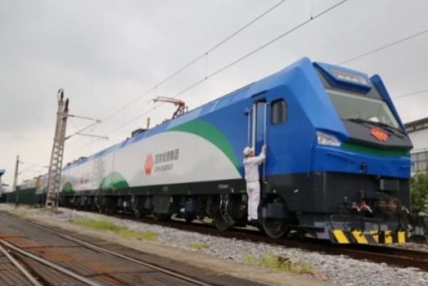 Chinese electric multiple units boost regional connectivity across Europe
