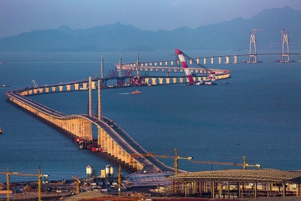 Hong Kong: Engineering marvel across and under the sea will open in 2018
